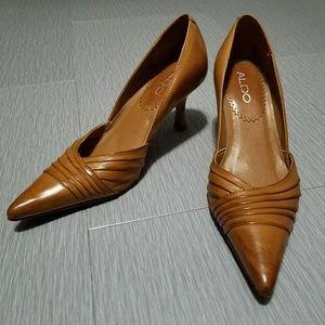 Aldo tan/light brown leather heels